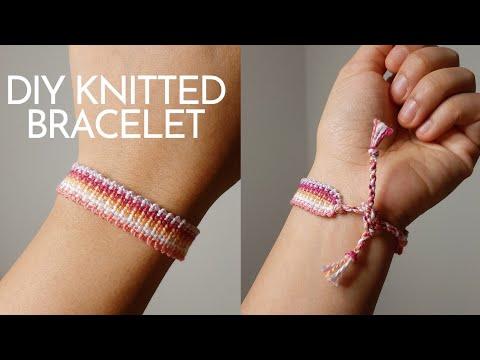 Friendship Bracelet: Knitted-like