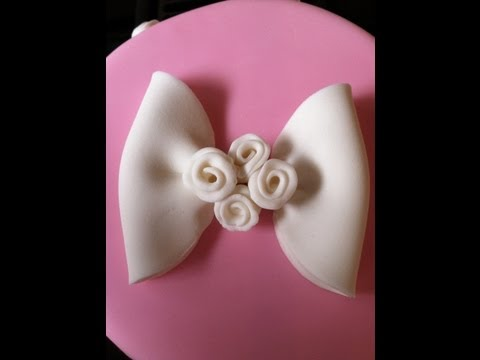 How to Make a Fondant Bow With Ribbon Roses