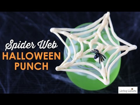 Candy Spider Web Halloween Party Drink | Living Locurto Recipe