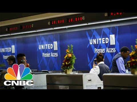 United Airlines Creating Customer Solutions Team | CNBC