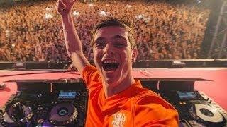 Op 27 april 2016 ga je weer los tijdens SLAM! Koningsdag in Alkmaar. Het grootste oranje dance event van Nederland. Met de grootste dj's van nu, het beste publiek en de hits van morgen. Samen zijn wij de Kings of Tomorrow!  De kaartverkoop voor SLAM! Koningsdag 2016 start vrijdag 11 maart om 16.00 uur.  Ook Martin Garrix was erbij tijdens SLAM!Koningsdag 2014! Check hier zijn de set die hij draaide!  SLAM!FM is HET station waar je de nieuwste tracks als eerste hoort! Met evenementen zoals de SLAM!Beachbreak en SLAM!Koningsdag en de dikste acties zoals Festival Friday, SLAM!Schoolawards en de Dutch Dance Days. Op dit YouTube kanaal vind je de beste video