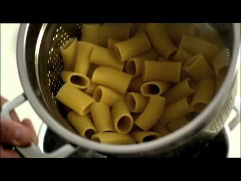 San Remo Large Rigatoni with slow braised veal meatballs - 2011 TVC Featuring Adam Swanson