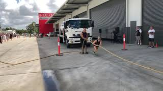 Heaviest vehicle pulled by a woman - Guinness World Records