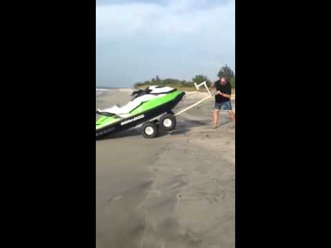 Aquacart 4-Play PWC beach cart in Panama