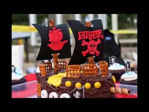 Pirate birthday cake by thefoodventure.com