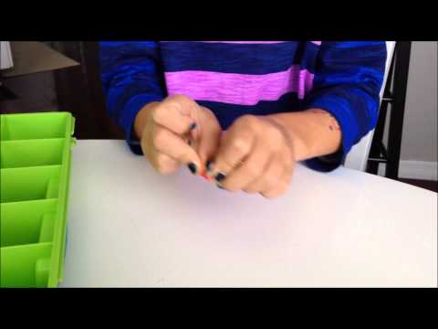 How to Make a Rainbow Loom Bracelet Without the Loom!