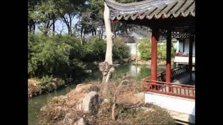 Harmonie de Eendracht uit Uden heeft een reis mogen maken naar China. Deze reis was van 26 december 2013 tot 5 januari 2014. Dit filmpje is een fotocompilatie van de reis. De muziek is live gespeeld door de Harmonie onder leiding van Koert Dirks met als solist Niels van de Braak