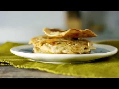 How To Make Oatmeal Banana Pancakes | Quaker®