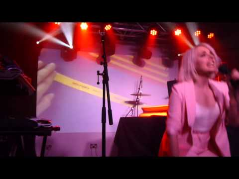 Little Boots - Get Things Done (HD) - Oslo - 07.07.15