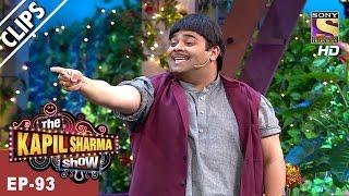 Doodhwala on the stage of The Kapil Sharma Show  - The Kapil Sharma Show - 26th Mar, 2017