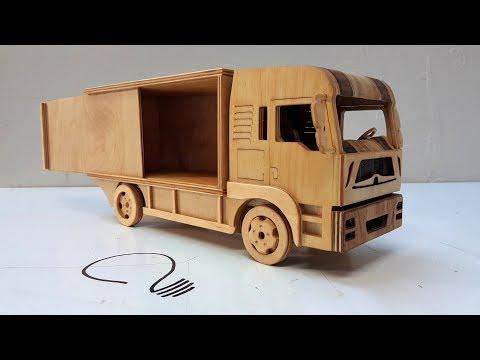 Man 12 Ton Truck -  Wooden Car Model