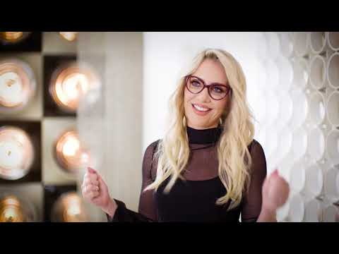 Spectacle Wearer of the Year 2018 - Behind the scenes with Claire Richards | Specsavers