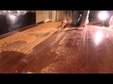 How to Remove Hardwood Flooring