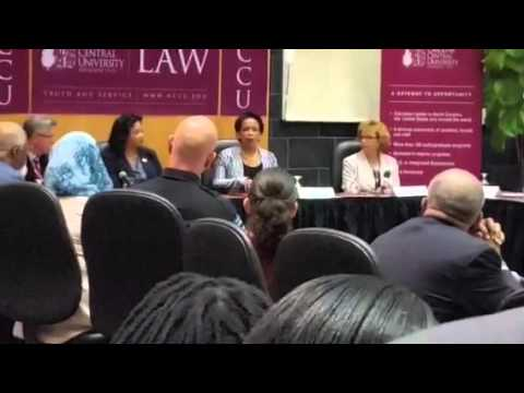 Attorney General, Dr. Loretta Lynch visits NCCU School o Law
