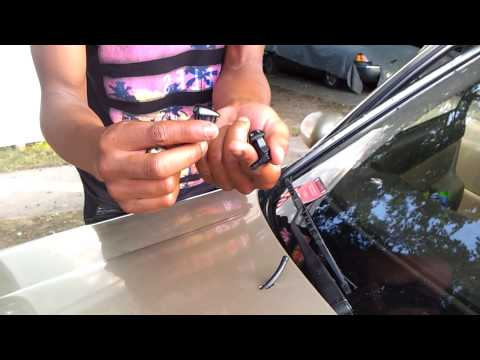 Windshield washer fluid spray nozzle replacement