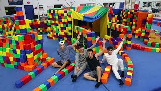 SUPER FUN GIANT FOAM PIT HOUSE!