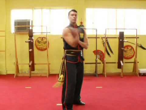 Nunchaku Figure 8 Technique