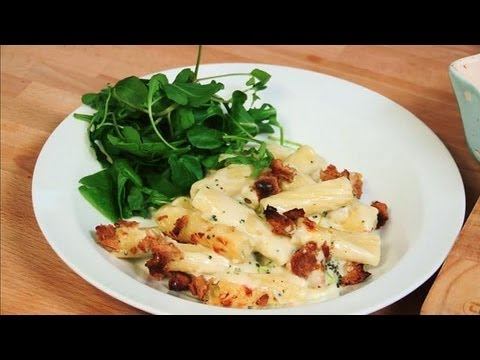How To Make A Cheesy Broccoli Pasta Bake: Cooking For Kids