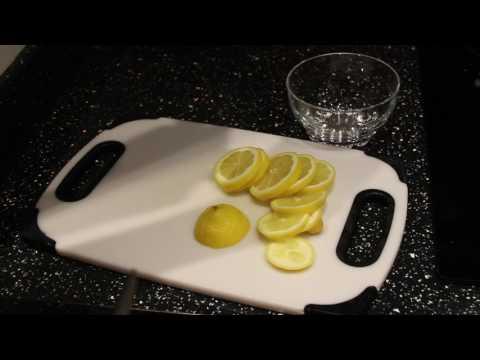 How to make Lemon wheel garnish for drink glasses