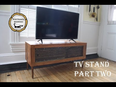 Woodworking : Reclaimed Wood TV Stand // How-to Part 2