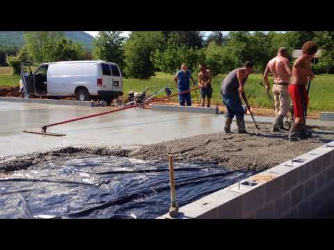 Concrete guys pouring the pad of THE BARN 05-09-2018
