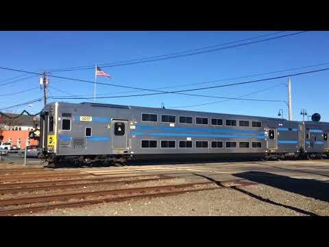 LIRR Port Jefferson: Veterans Day Trains Arrive/Depart