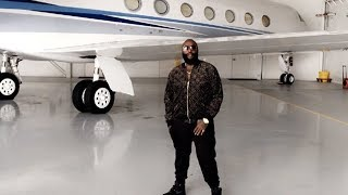 Rick Ross Buys Private Jet For Christmas Shopping