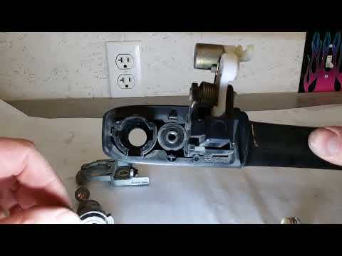 03 Honda CRV outer door handle removal