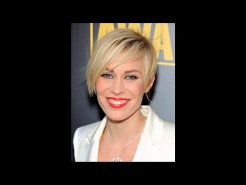 Short Haircuts For Women Over 60 With Thick Hair 59