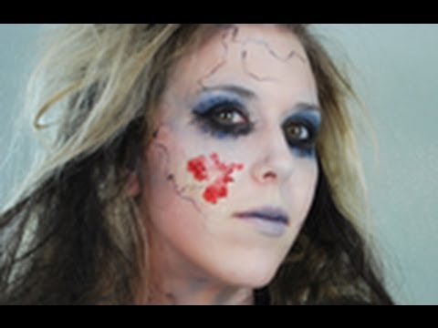 ZOMBIE Halloween Makeup & Hair Tutorial I Naturesknockout.com