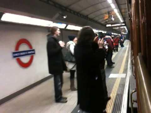 Tube150: 20 Jan 2013 - heading east through King's Cross St Pancras station