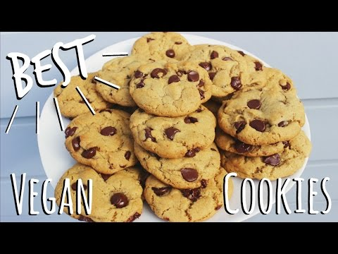 The BEST Vegan Chocolate Chip Cookies | ItsMandarin