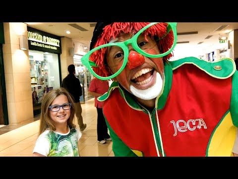 CREAZY CLOWN JECA and Face Paint in Shopping Centre