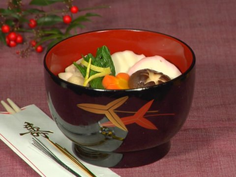 New Year Ozoni Soup (Japanese Rice Cake Soup Recipe) お正月のお雑煮 作り方レシピ