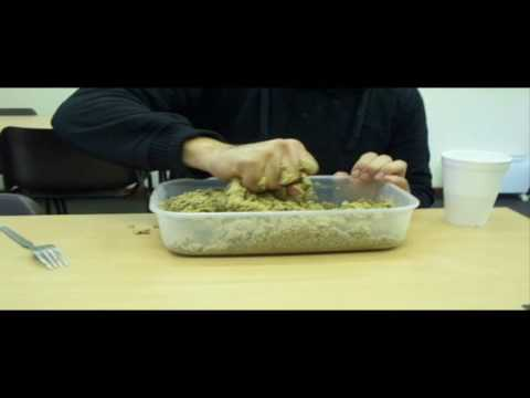 How to make your own paste for coarse/carp fishing courtesy of BreakingSurface Bolton