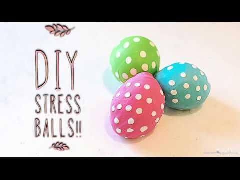 DIY STRESS BALLS| Best Stress Ball Ever! | Cornstarch stress ball & Diaper Stress Ball