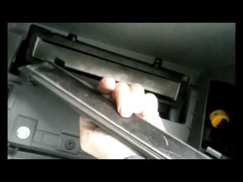 2009 Hyundai Sonata cabin filter change