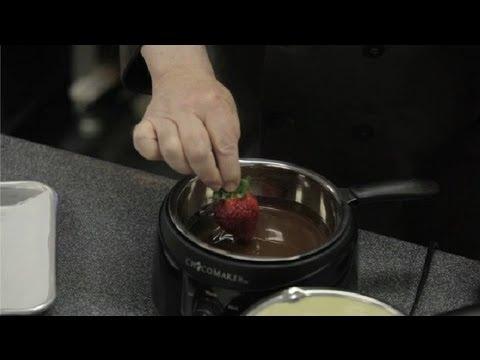 How to Make Ganache to Cover Strawberries : Chocolate Truffles & Ganache