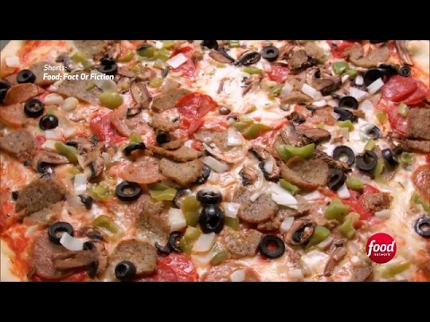A Slice of Pizza's History | Food: Fact or Fiction | Food Network Asia
