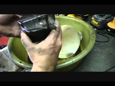 Clean breather box Honda Civic (oil separator) - Backyard Mechanic DIY