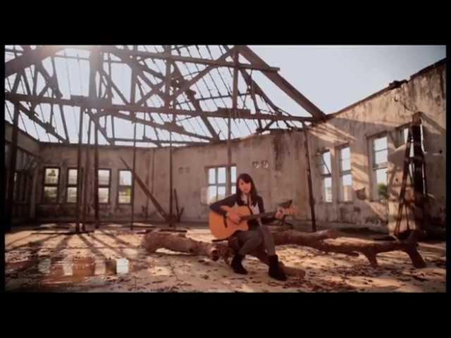 Download Maudy Ayunda - Cinta Datang Terlambat [Refrain (Original Soundtrack)] MP3 Gratis