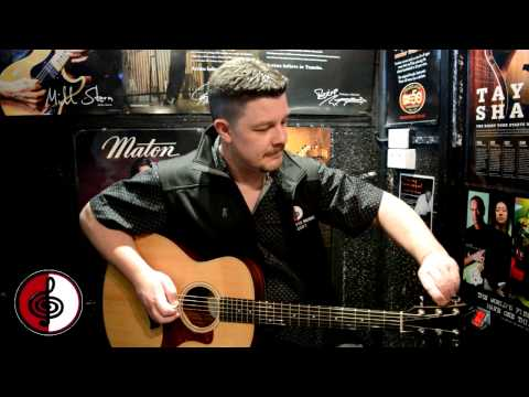 How to tune a guitar with a chromatic tuner
