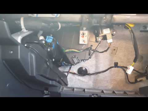 How to replace the climate control actuator on a kia soul