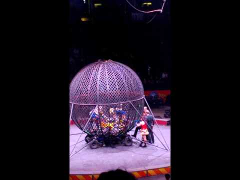 Ringling Bros globe of death motorcycle accident, EPIC FAIL