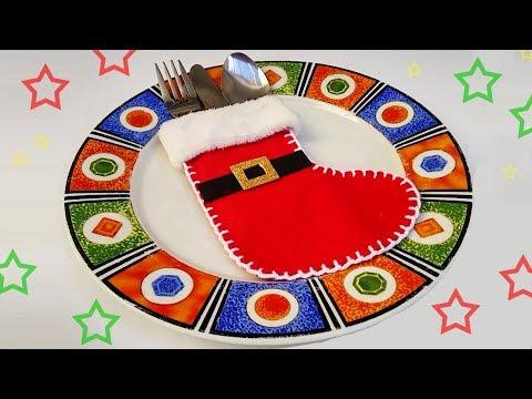 Christmas Table Decorations Santa boots - Ana | DIY Crafts