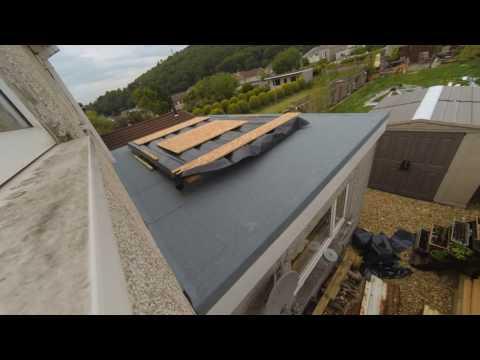 Laying a new felt flat roof