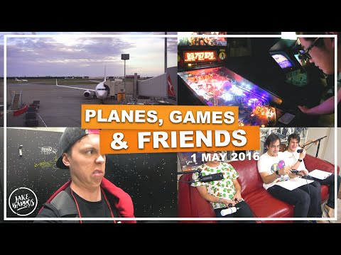 PLANES, GAMES & FRIENDS (Melbourne Vlog)