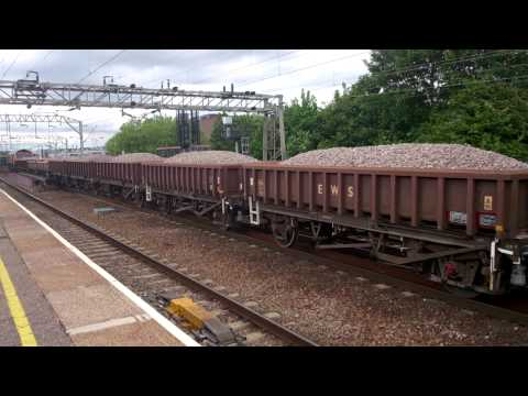 STONE TRAIN APPROACHING COLCHESTER ST