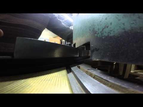 Cutting Aluminum Moulding