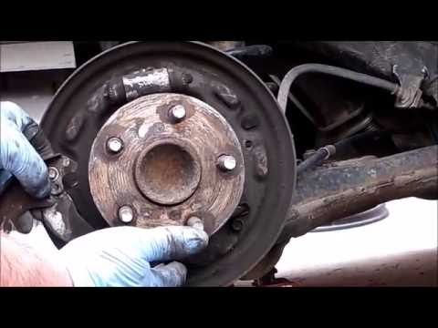 replacing rear drum brake shoes..2005 Toyota Corolla e120